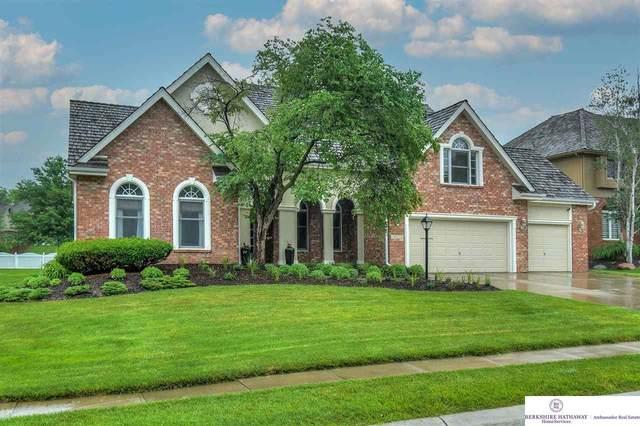 15716 Burdette Street, Omaha, NE 68116 (MLS #22113128) :: Don Peterson & Associates