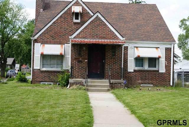 6704 N 24Th Street, Omaha, NE 68112 (MLS #22113160) :: Omaha Real Estate Group