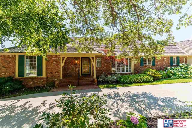 5706 Rolling Hills Boulevard, Lincoln, NE 68512 (MLS #22113205) :: Capital City Realty Group