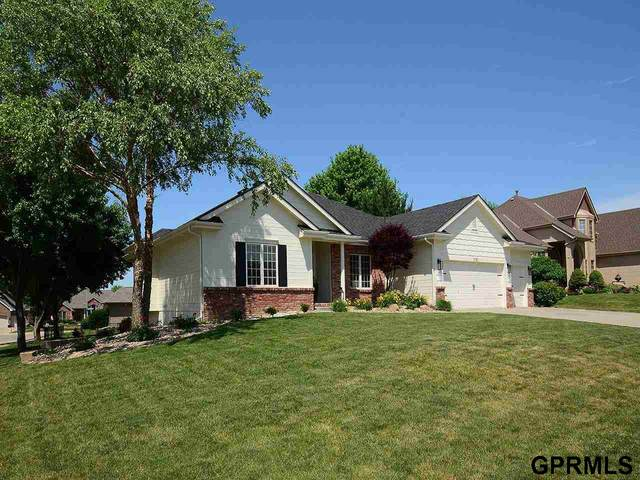 1722 S 175 Street, Omaha, NE 68130 (MLS #22113335) :: Complete Real Estate Group
