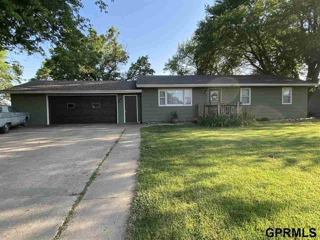 109 W Fern Circle, Dewitt, NE 68341 (MLS #22113342) :: Don Peterson & Associates