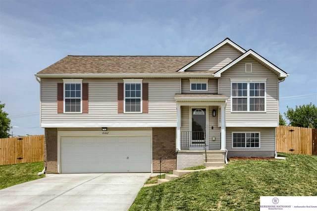 15462 Mormon Circle, Bennington, NE 68007 (MLS #22113357) :: Omaha Real Estate Group