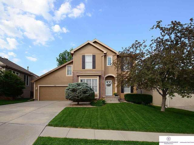 558 S 180th Terrace, Omaha, NE 68022 (MLS #22113369) :: Complete Real Estate Group