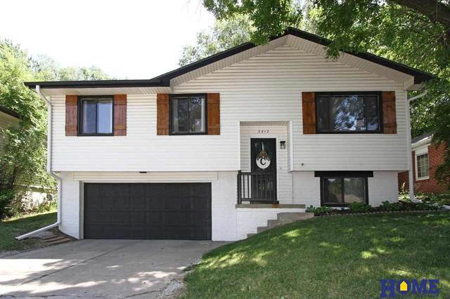3812 S 56th Street, Lincoln, NE 68506 (MLS #22113423) :: Elevation Real Estate Group at NP Dodge