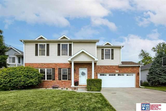 6250 Blackstone Road, Lincoln, NE 68526 (MLS #22113447) :: Catalyst Real Estate Group