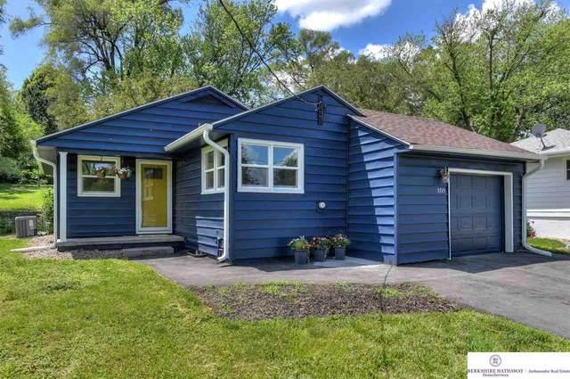 5715 Grover Street, Omaha, NE 68106 (MLS #22113495) :: Omaha Real Estate Group