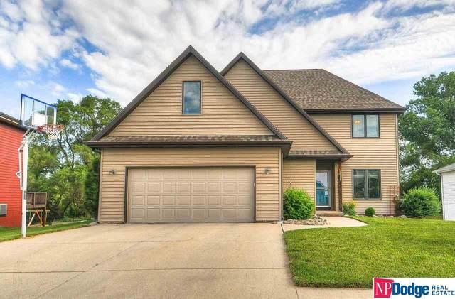 2316 Fieldcrest Drive, Blair, NE 68008 (MLS #22113502) :: Lincoln Select Real Estate Group