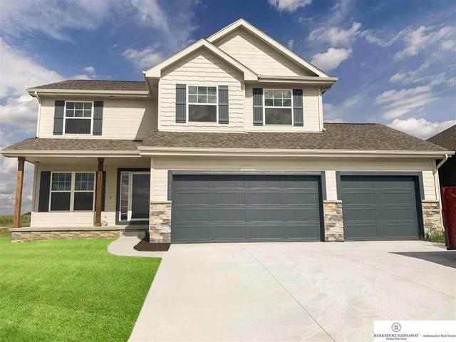 12112 44 Street, Bellevue, NE 68123 (MLS #22113551) :: Lincoln Select Real Estate Group