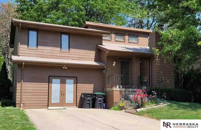 7312 N 80th Street, Omaha, NE 68122 (MLS #22113586) :: Dodge County Realty Group