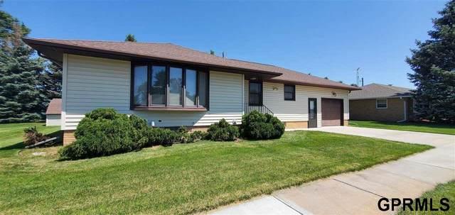 332 N Linden Street, Dodge, NE 68633 (MLS #22113633) :: Omaha Real Estate Group
