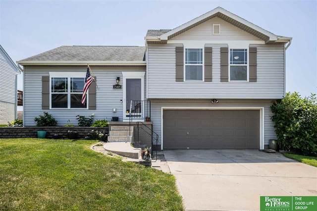 15409 Clay Street, Bennington, NE 68007 (MLS #22113645) :: Omaha Real Estate Group
