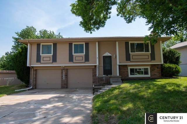 13203 Courtney Drive, Bellevue, NE 68123 (MLS #22113685) :: Omaha Real Estate Group