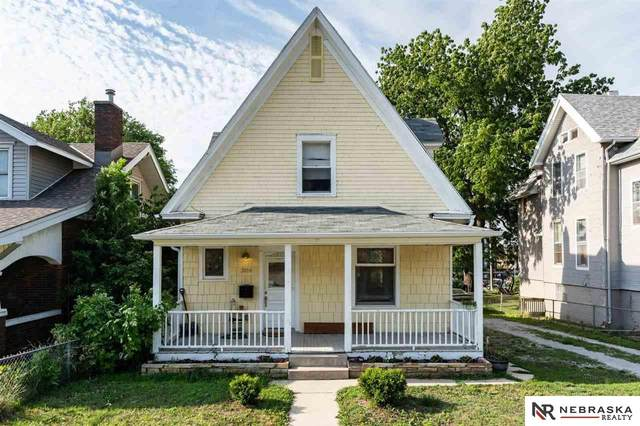 3016 Marcy Street, Omaha, NE 68105 (MLS #22113735) :: Lincoln Select Real Estate Group