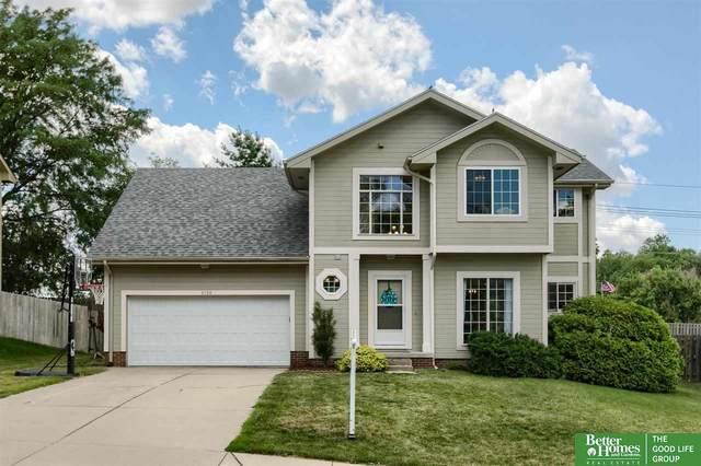 2108 Queen Drive, Papillion, NE 68046 (MLS #22113774) :: Omaha Real Estate Group