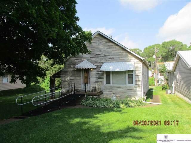 4310 S 26 Street, Omaha, NE 68107 (MLS #22113810) :: Don Peterson & Associates