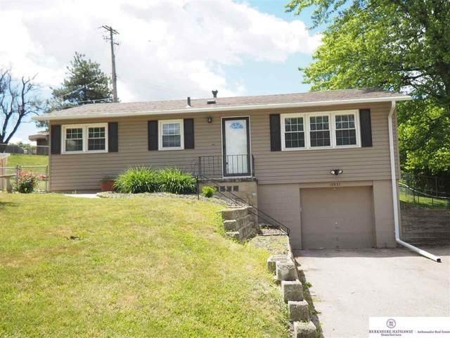 10937 Valley Street, Omaha, NE 68144 (MLS #22113866) :: Omaha Real Estate Group