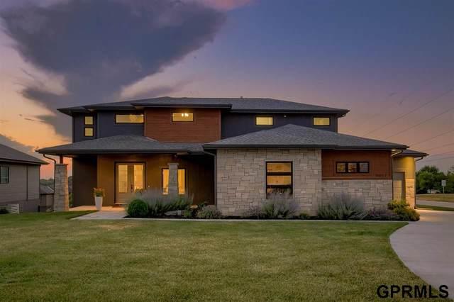 18652 N Hws Cleveland Boulevard, Elkhorn, NE 68022 (MLS #22113884) :: Elevation Real Estate Group at NP Dodge
