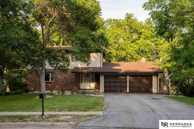 9211 Raven Oaks Drive, Omaha, NE 68152 (MLS #22113916) :: Dodge County Realty Group