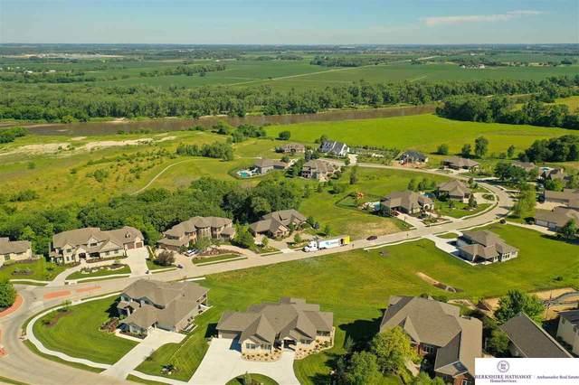 23613 P Street, Omaha, NE 68022 (MLS #22113935) :: Omaha Real Estate Group