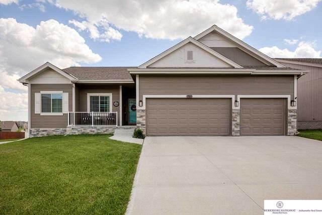 19005 Redwood Street, Omaha, NE 68136 (MLS #22113940) :: Don Peterson & Associates