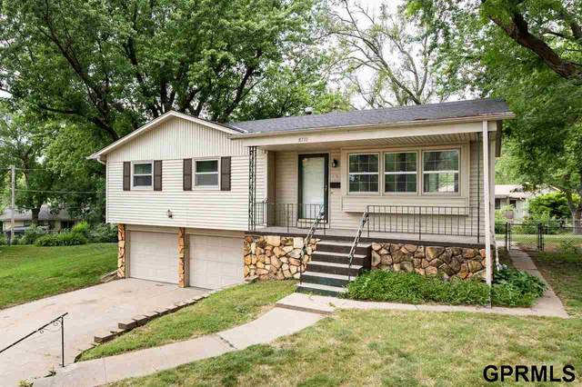 8710 Oakmont Court, La Vista, NE 68128 (MLS #22113966) :: Omaha Real Estate Group