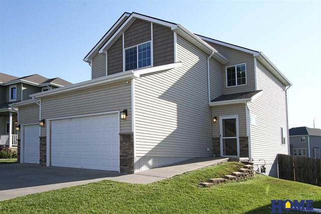 1136 Middleton Avenue, Lincoln, NE 68521 (MLS #22114000) :: Don Peterson & Associates