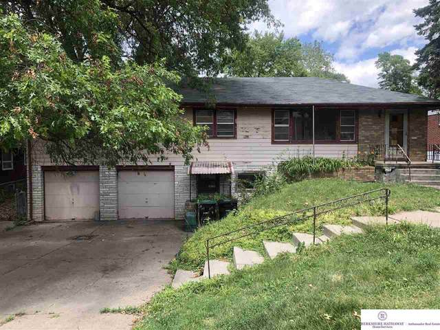 6136 Hamilton Street, Omaha, NE 68132 (MLS #22114045) :: Omaha Real Estate Group