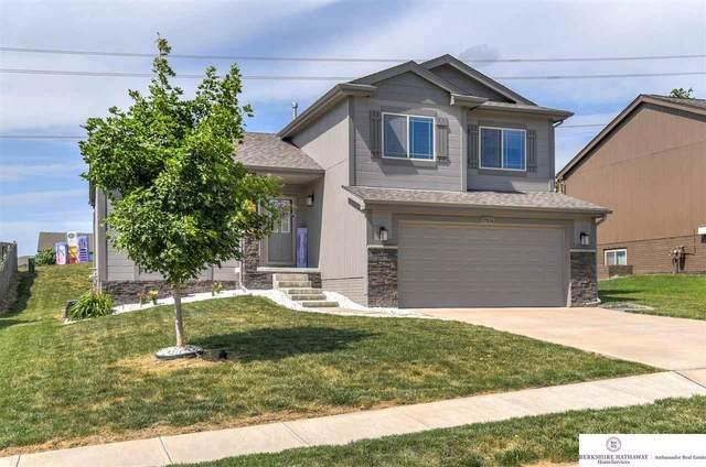 17016 Rampart Street, Omaha, NE 68136 (MLS #22114057) :: Dodge County Realty Group