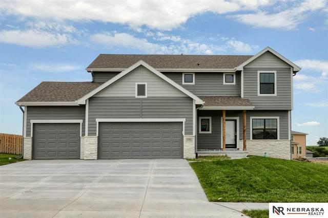 5303 Helwig Avenue, Papillion, NE 68133 (MLS #22114071) :: Omaha Real Estate Group
