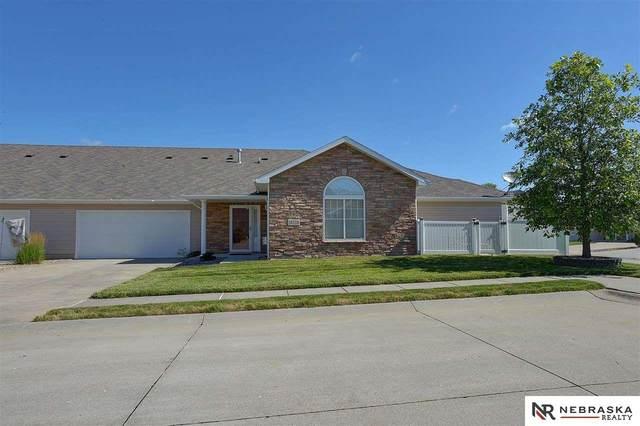 16116 Clay Plaza, Bennington, NE 68007 (MLS #22114093) :: Lincoln Select Real Estate Group