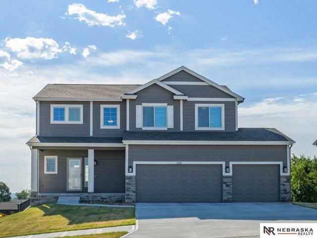 14405 Tregaron Drive, Bellevue, NE 68123 (MLS #22114105) :: Cindy Andrew Group