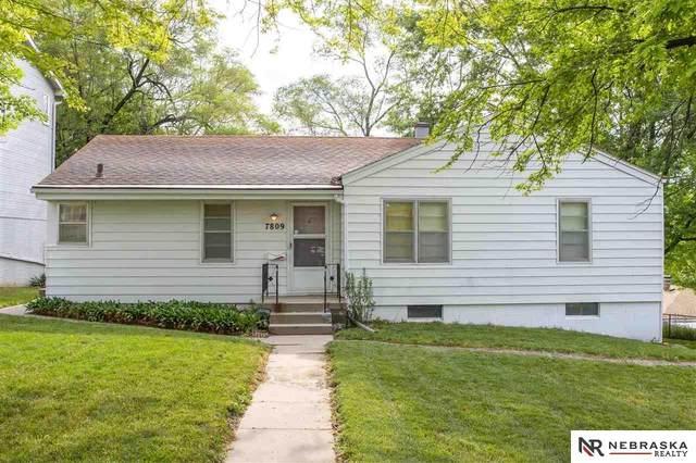 7809 N 36th Street, Omaha, NE 68112 (MLS #22114252) :: Cindy Andrew Group