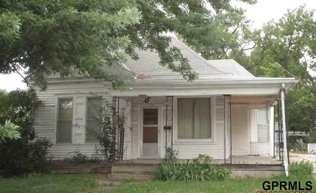 1322 Elk Street, Beatrice, NE 68310 (MLS #22114266) :: Cindy Andrew Group