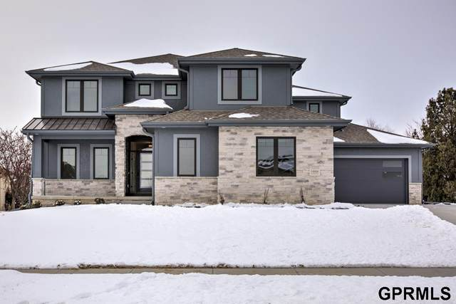 2410 S 219 Street, Elkhorn, NE 68022 (MLS #22114347) :: Berkshire Hathaway Ambassador Real Estate