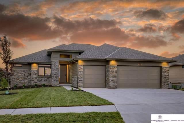 4618 N 192 Avenue, Omaha, NE 68022 (MLS #22114410) :: Dodge County Realty Group
