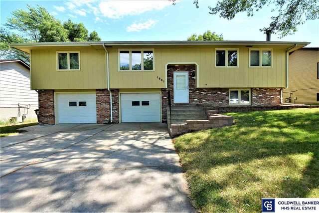 1901 Benton Street, Lincoln, NE 68521 (MLS #22114492) :: Lincoln Select Real Estate Group
