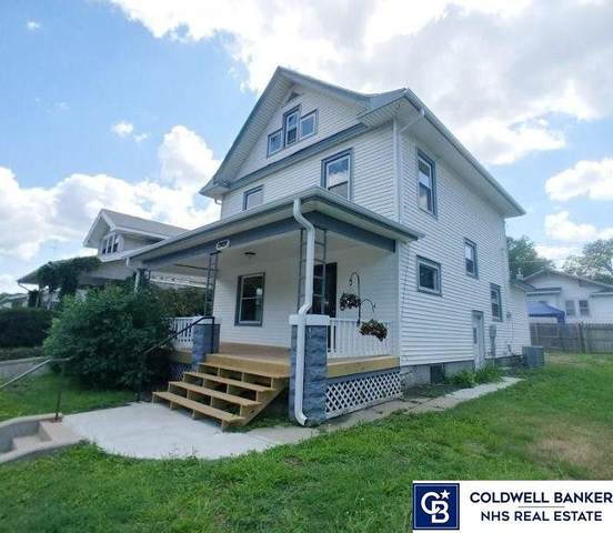 1909 S 27th Street, Lincoln, NE 68502 (MLS #22114524) :: Capital City Realty Group