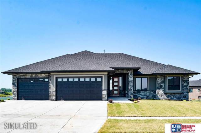 1110 N 104th Street, Lincoln, NE 68527 (MLS #22114526) :: Elevation Real Estate Group at NP Dodge