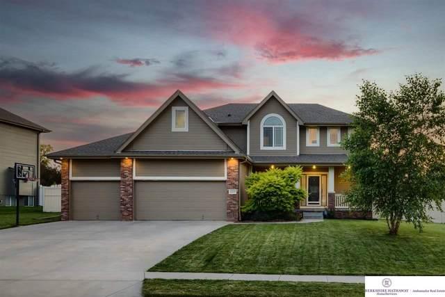 12514 S 82 Street, Papillion, NE 68046 (MLS #22114741) :: Capital City Realty Group