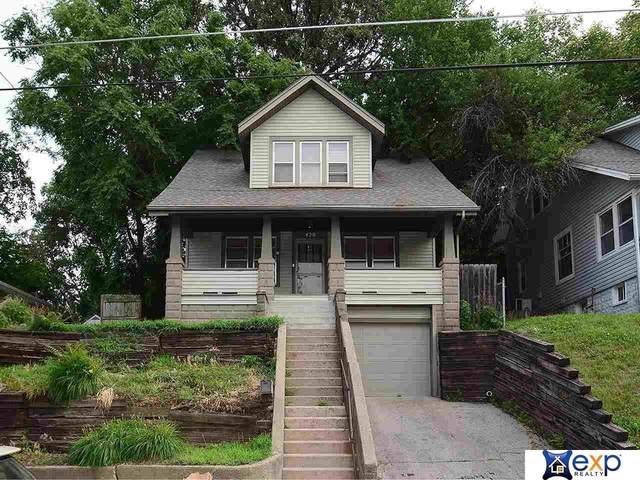 420 Fuller Avenue, Council Bluffs, IA 51503 (MLS #22114923) :: Berkshire Hathaway Ambassador Real Estate