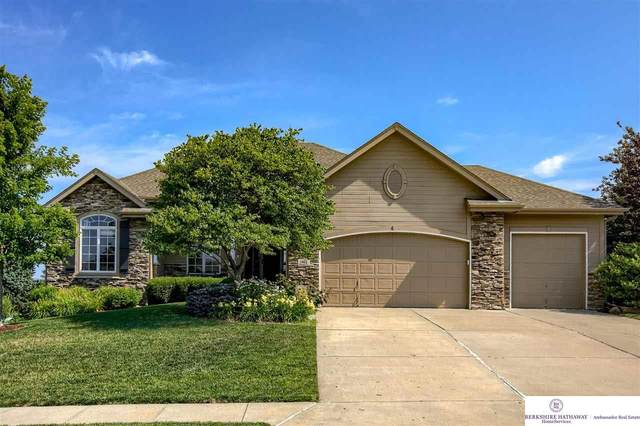 1402 Clearwater Circle, Papillion, NE 68046 (MLS #22114975) :: Capital City Realty Group