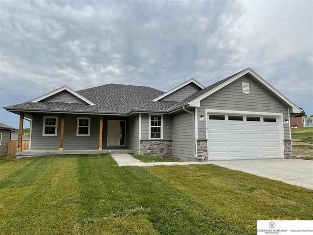 2731 College Drive, Blair, NE 68008 (MLS #22115106) :: Elevation Real Estate Group at NP Dodge