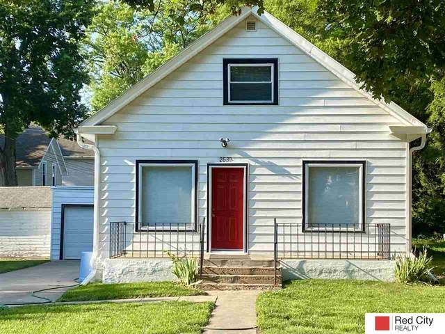 2537 S Street, Lincoln, NE 68503 (MLS #22115136) :: Lincoln Select Real Estate Group