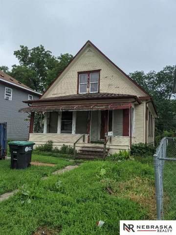 2907 Bristol Street, Omaha, NE 68111 (MLS #22115272) :: Berkshire Hathaway Ambassador Real Estate