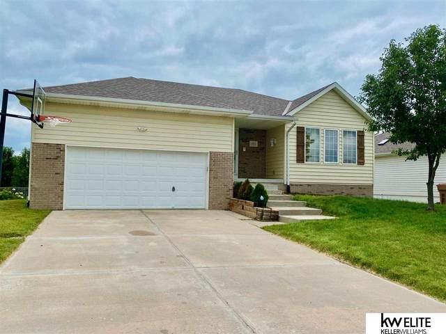 14924 Bodmer Street, Bennington, NE 68007 (MLS #22115306) :: Berkshire Hathaway Ambassador Real Estate