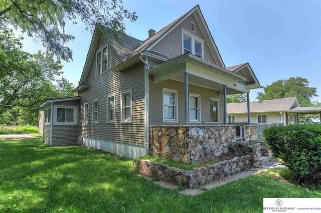 5112 N 17 Street, Omaha, NE 68110 (MLS #22115828) :: Elevation Real Estate Group at NP Dodge