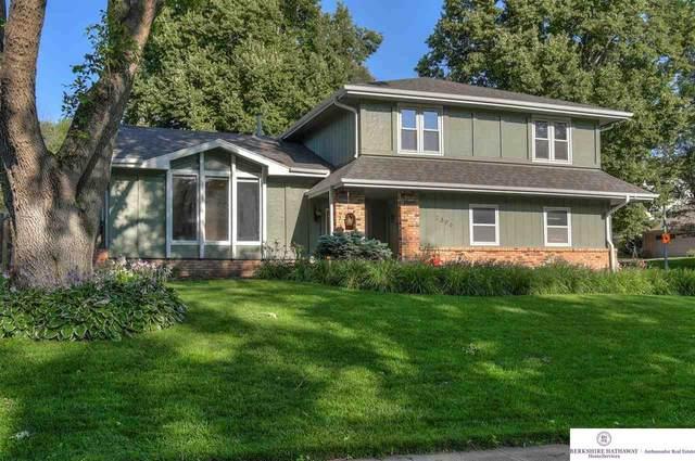 2306 S 166 Street, Omaha, NE 68130 (MLS #22115838) :: Berkshire Hathaway Ambassador Real Estate