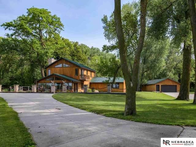 28407 W Maple Road, Waterloo, NE 68069 (MLS #22115990) :: Elevation Real Estate Group at NP Dodge