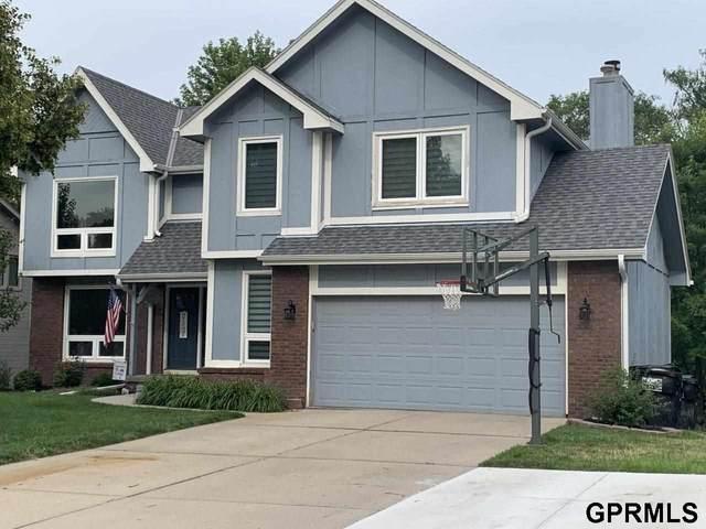 1117 S 218th Street, Elkhorn, NE 68022 (MLS #22116035) :: Lincoln Select Real Estate Group