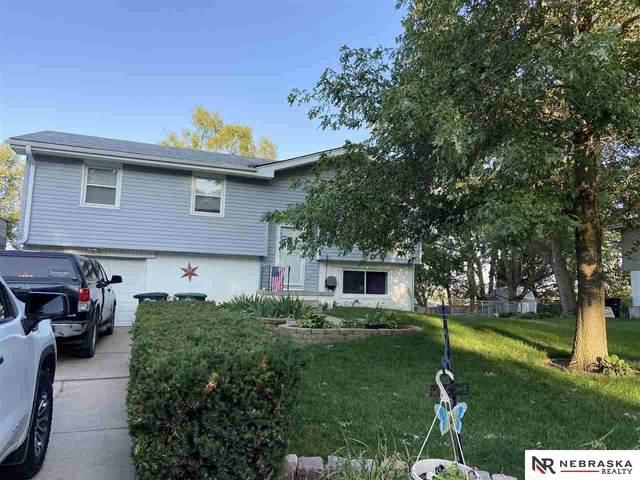 2329 N 189th Street, Omaha, NE 68022 (MLS #22116081) :: Dodge County Realty Group